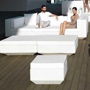 Puff para exterior con asiento tapizado Vela